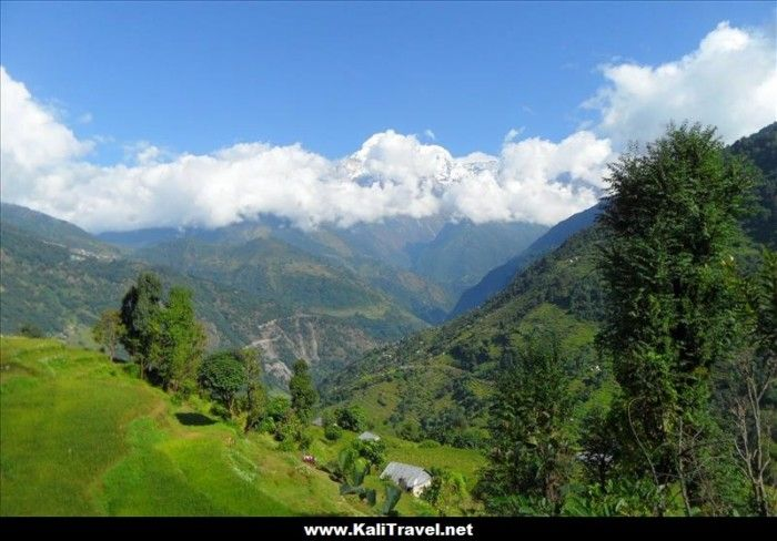 annapurna-way-nepal-foothill-village-tolka